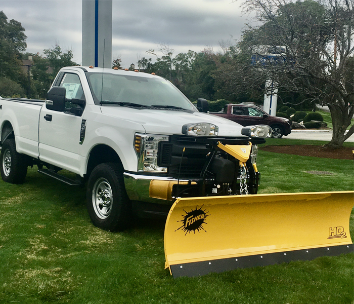 2019 FORD F-350 XL Regular Cab wiith 8' Fisher Plow