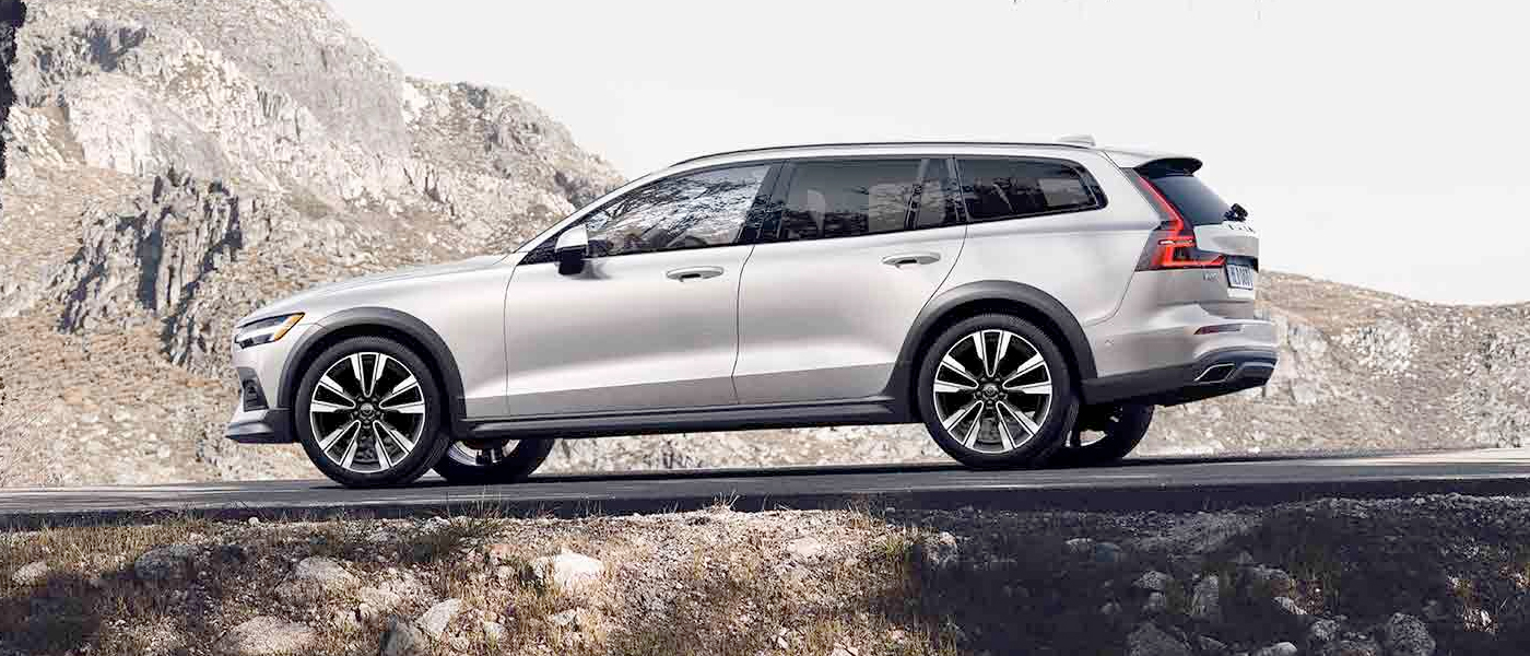 2020 Volvo V60 Cross Country - Design