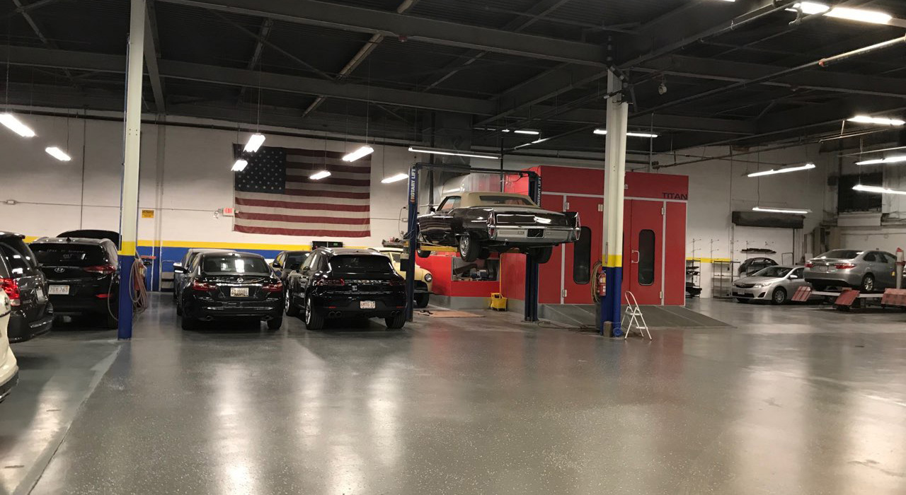Toyota of Watertown - Collision Center